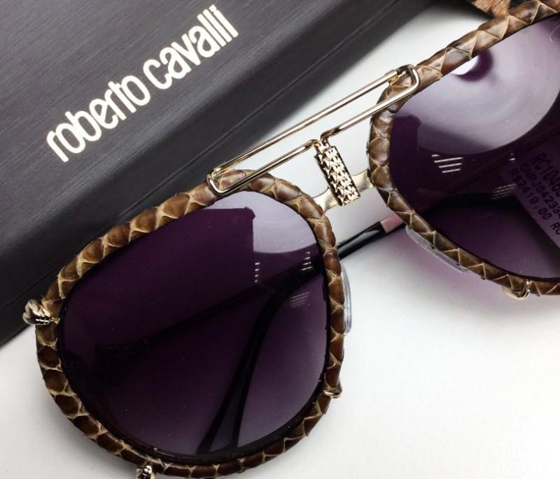 În acest articol vă vom prezenta popularele ochelari Roberto Cavalli și vom spune povestea brandului de renume mondial.